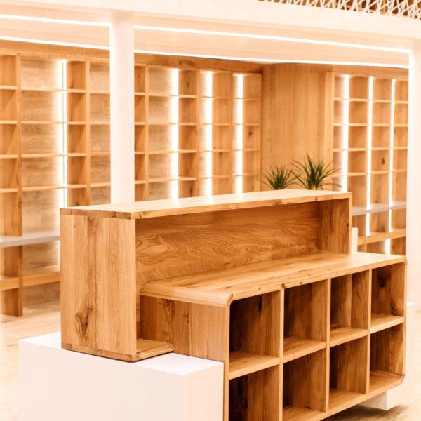 Libraria Carturesti-Timisoara-Piata Operei  Carturesti library-Timisoara-Piata Operei libraria carturesti timisoara piata operei 10 600x600